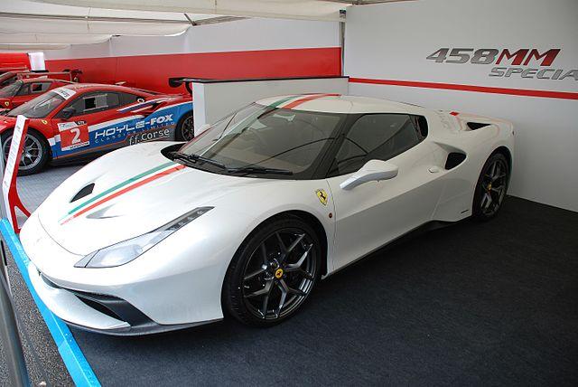 30m Ferrari 458mm Speciale Burnout Acceleration Video