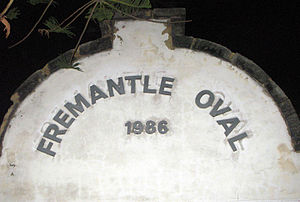 Fremantle Oval - Image: Front Wall Fremantle Oval 2005 SMC