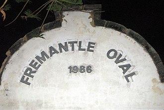 Fremantle Oval - Image: Front Wall Fremantle Oval 2005 SMC