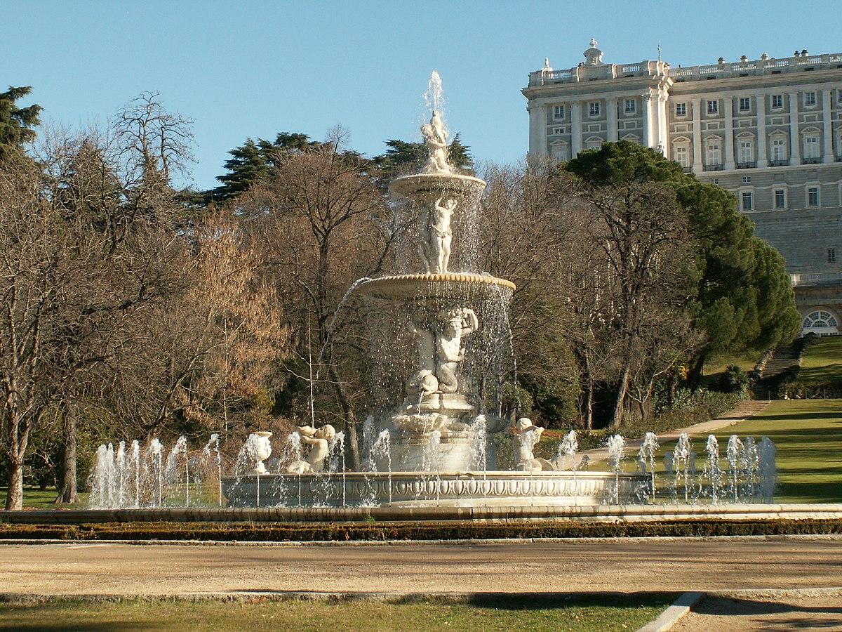 Fuente de las conchas wikipedia la enciclopedia libre - Jardines palacio real madrid ...