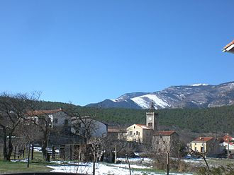 Fuilla - The church and surrounding buildings in winter