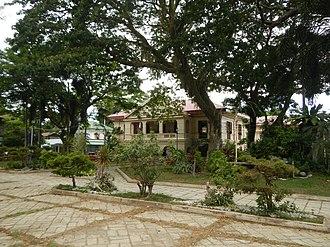 Santa Cruz, Ilocos Sur - Santa Cruz Municipal Hall