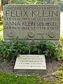 Göttingen Stadtfriedhof Grab Felix Klein retusche.jpg