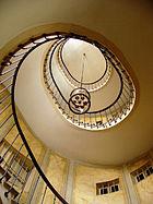 140px-Galerie_Vivienne_stairway
