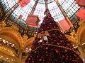 Galeries Lafayette - PARIS - Dezember 2009 - panoramio.jpg