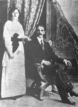 Rómulo Gallegos - Image: Gallegos and Teotiste