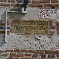 Gedeelte van bakstenen trapgevel met gevelsteen - Limbricht - 20337845 - RCE.jpg