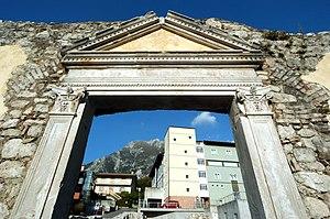 Gemona del Friuli - Image: Gemona chiesa della Beata Vergine delle Grazie 13102007 33