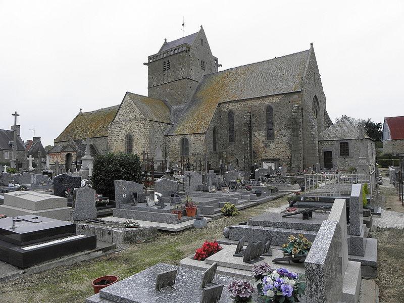 Façade sud de l'église Notre-Dame de Genêts (50).