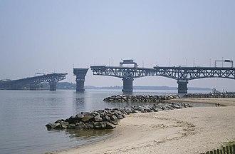 George P. Coleman Memorial Bridge - Image: George P Coleman Bridge