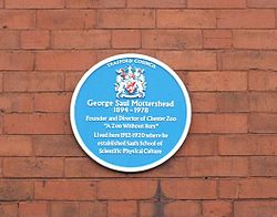 Photo of George Mottershead and Saul's School of Scientific Physical Culture blue plaque