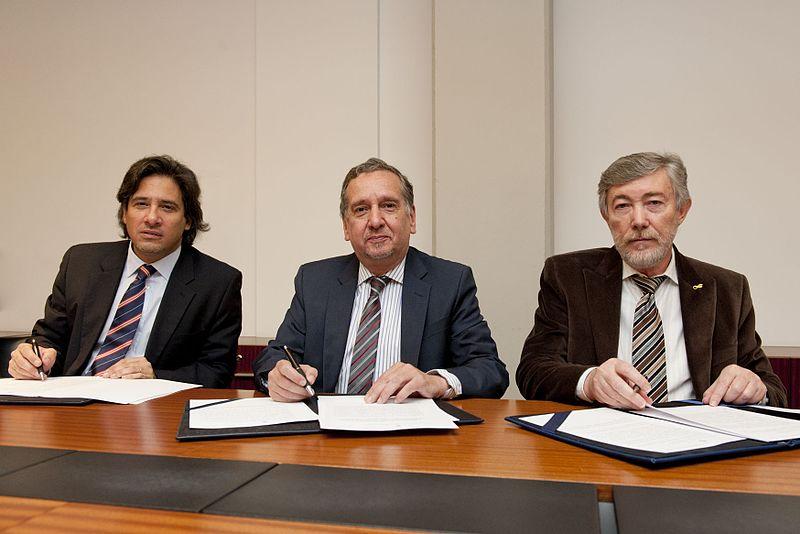File:Germán Garavano, Lino Barañao y Alejandro Ceccatto.jpg