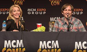 Jon Wright - Image: Gillian Anderson & Jon Wright at the MCM London Comic Con Robot Overlords panel