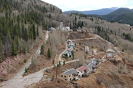 Gilman nel 2020, che mostra le case abbandonate e parte della vecchia miniera