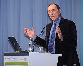 Giorgos Stathakis Greek politician and economist