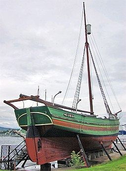 Gjoa, the small sloop in which Amundsen and his crew conquered the Northwest Passage, 1903-06 Gjoea.jpg