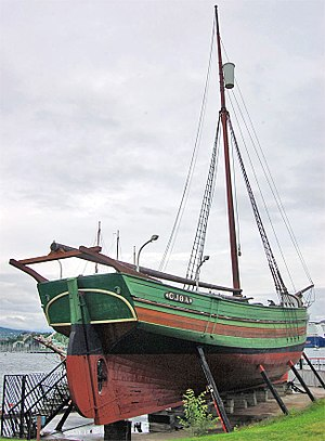 Amundsen's South Pole expedition - Gjøa, the small sloop in which Amundsen and his crew conquered the Northwest Passage, 1903–06
