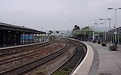 Gloucester railway station MMB 46.jpg