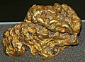 Gold nugget (Australia) 2 (17034017601).jpg