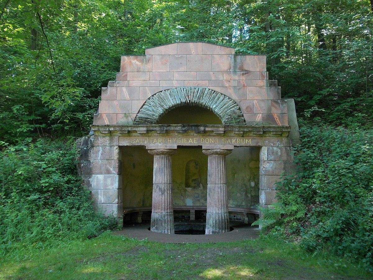Grünfelderpark-Quelle.JPG