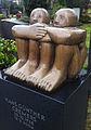 Grabmal Hans Günther Cremers, Figuren Bronze von Hannelore Köhler, Nordfriedhof Düsseldorf 01.jpg