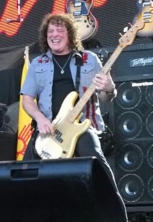 Greg Smith (with Ted Nugent).jpg