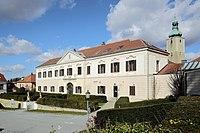 Großrußbach - Schloss.JPG