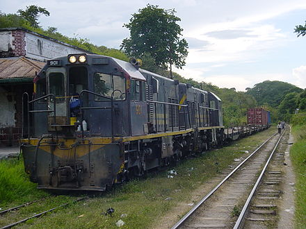 Freight train of Ferrovias Guatemala in Sanarate on September 3, 2004 Guatemala Sanarate freighttrain1.JPG