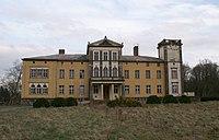 Gueltz Herrenhaus Westseite.JPG