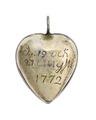 Hängsmycke, baksida av, med inskription, 1772 - Hallwylska museet - 110377.tif