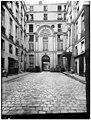 Hôtel de Chenizot - Façade sur cour - Paris 04 - Médiathèque de l'architecture et du patrimoine - APMH00037720.jpg