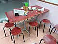 HK 西營盤 Sai Ying Pun 第一街 First Street 蛇王海 Snake She King Hoi food shop interior table n chairs seats March 2019 SSG 01.jpg