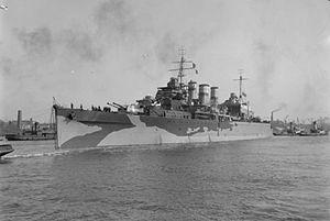 HMS Suffolk (55) - Image: HMS Suffolk (55)