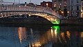 Ha'penny Bridge & River Liffey, Dublin (507190) (32906849205).jpg