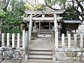 Hachiman-jinja Shinto-Shrine 20131209.JPG
