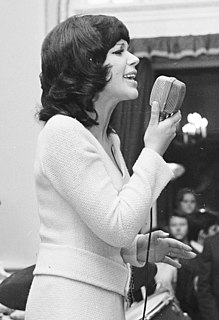 Teri Harangozó Hungarian singer
