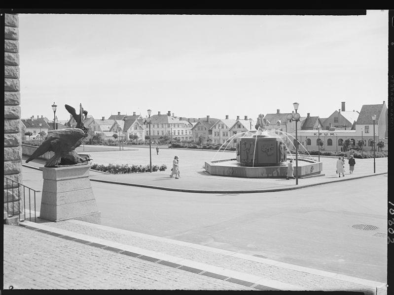 File:Haugesund. - no-nb digifoto 20150316 00038 NB MIT FNR 10302.jpg