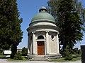 Heiligeneich - Mausoleum.jpg