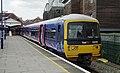 Henley-on-Thames railway station MMB 03 165104.jpg