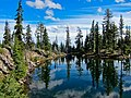 Holst Lake in Sky Lakes Wilderness, Rogue River Siskiyou National Forest (23620851090).jpg