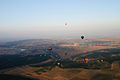 Hot air balloons over Canberra 23.JPG