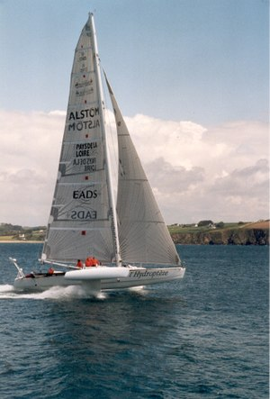Speed sailing - The experimental sailing craft Hydroptère, uses hydrofoils to reduce friction
