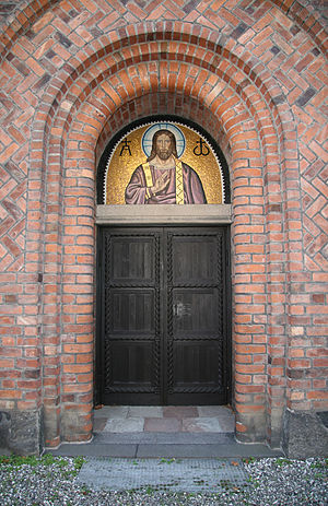 Immanuel Church, Copenhagen - The main entrance in the western gable