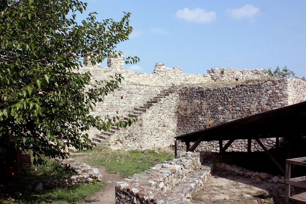 In der Burg von Platamon