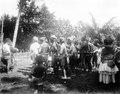 Infödingsdans, s.k. moraego, vid pasanggrahan, Kollawi. Efter foto av W. Kaudern, aug. 1918 - SMVK - 010736d.tif