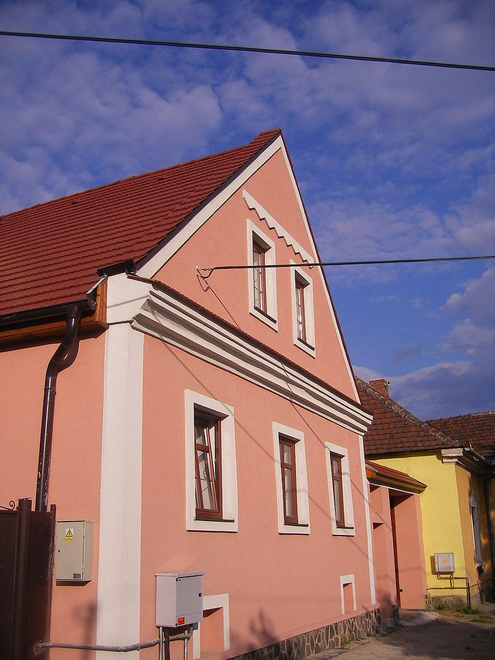 Jászó102