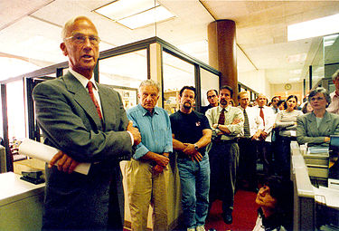 Chronicle CEO John Sias announces the sale of the newspaper to the Hearst Corporation, August 6, 1999. JOHNSIAS1999.jpg