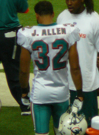 Jason Allen (American football) - Allen with the Dolphins in 2009