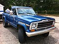 Jeep J-10 pick-up blue f md.jpg