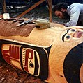 Jim Bender carving totem pole, 1983 (31841965133).jpg